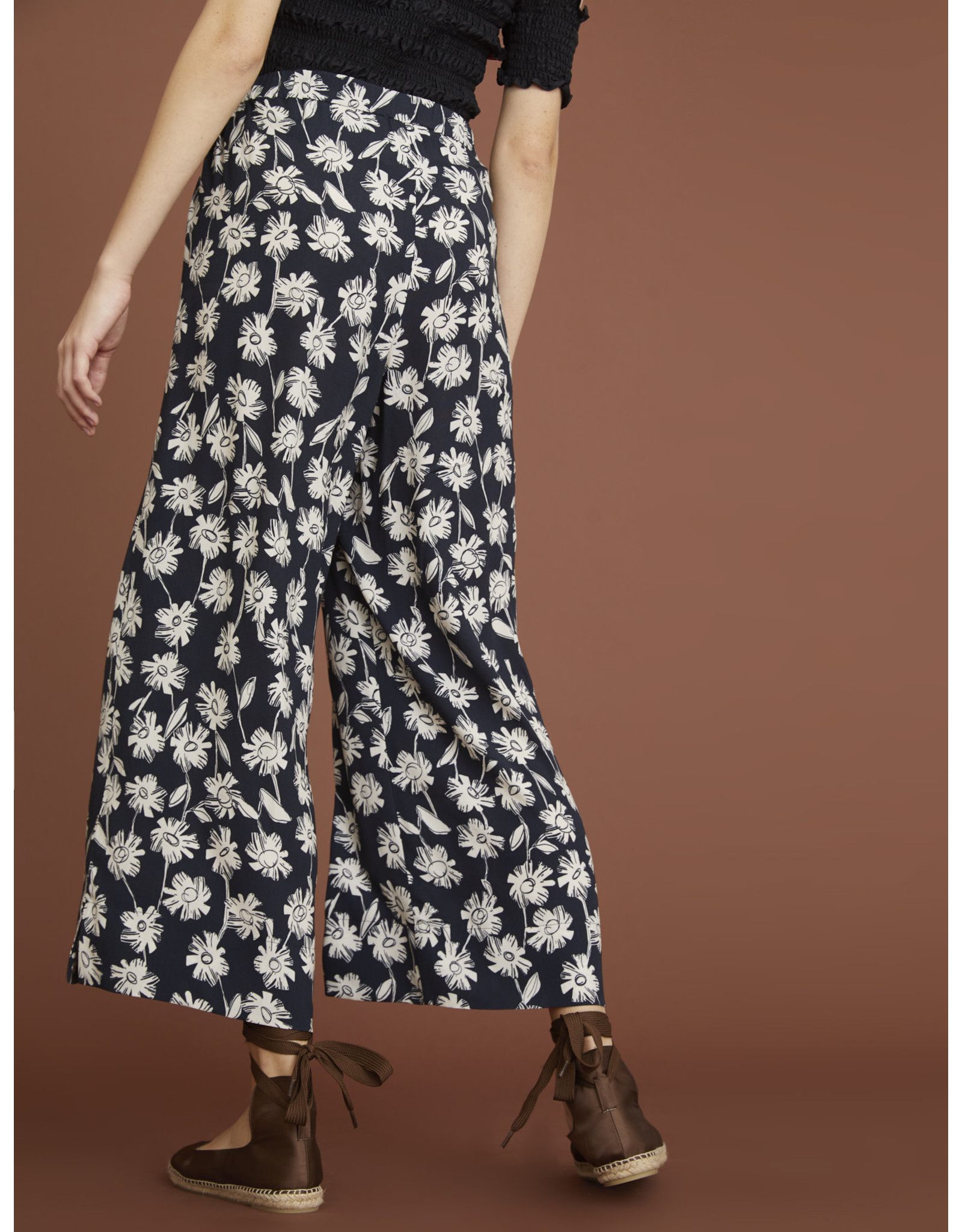 i Blues Regnant Print Trouser