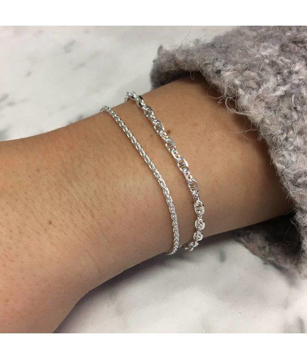 Best basics Zilveren armbandenset - Twee schakelarmbandjes