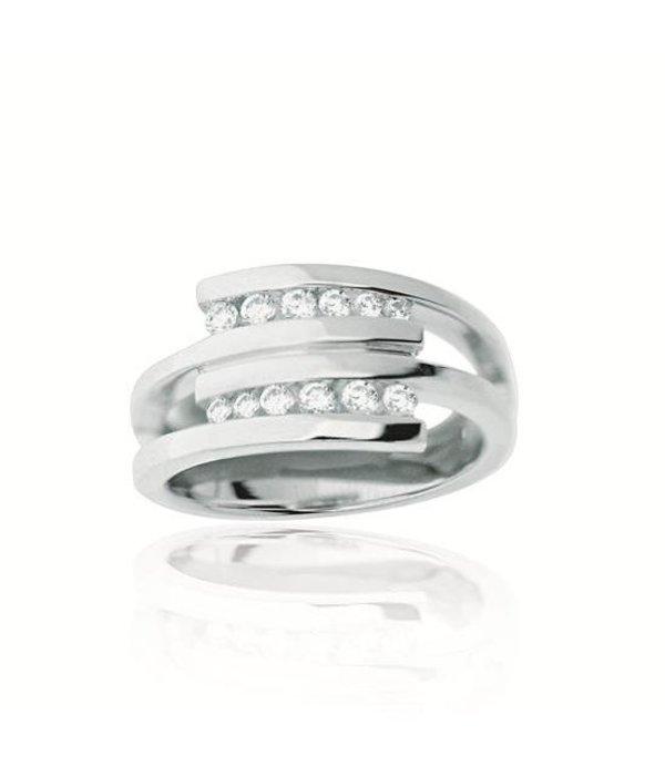Elegance Zilveren damesring - zirkonia - Gerodineerd