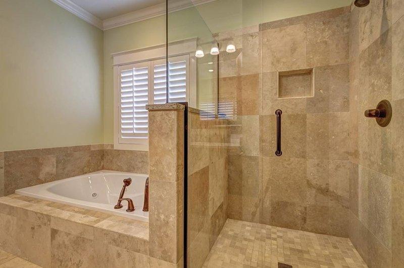 Natuursteen Tegels Badkamer.Natuursteen Verven Maak De Tegelvloer In De Badkamer Weer Mooi