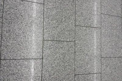 Badkamer Tegel Verf : Granieten tegels in de badkamer ook die kunt u verven