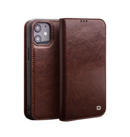 Qialino Qialino - echt lederen luxe wallet hoes - iPhone 12 / 12 Pro - Bruin