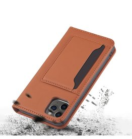 Lunso Lunso - Bookcover hoes met stand - iPhone 12 / iPhone 12 Pro - Bruin