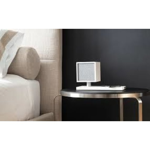 Tivoli Audio Tivoli Audio Revive AUX IN / BLUETOOTH / GELEIDE LAMP / LUIDSPREKER  / DRAADLOZE LADER - Wit