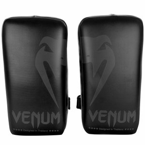 Venum Venum Giant Kick Pads Thai Pads Black Black