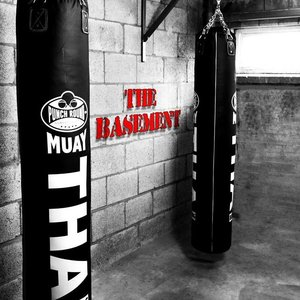 Punch Round™  Punch Round Folding Wall Rest Punching Bag 100kg