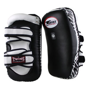 Twins Special Twins Curved Arm Pads Kick Pads TKP 6 Leather Black White