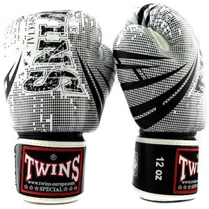 Twins Special Twins Fantasy 2 Boxing Gloves White Black
