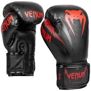 Venum Venum Impact Muay Thai Boxing Gloves Black Red