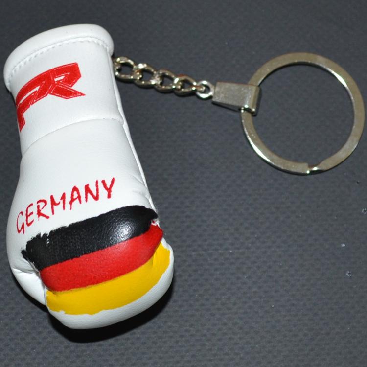 Punch Round™  Punch Round Bokshandschoen Sleutelhanger Duitsland