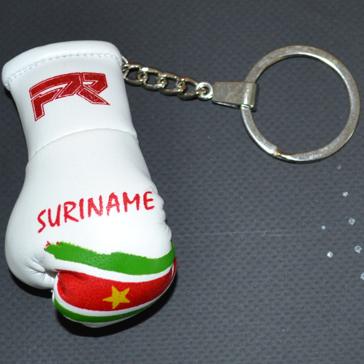 Punch Round™  Punch Round Bokshandschoen Sleutelhanger Suriname