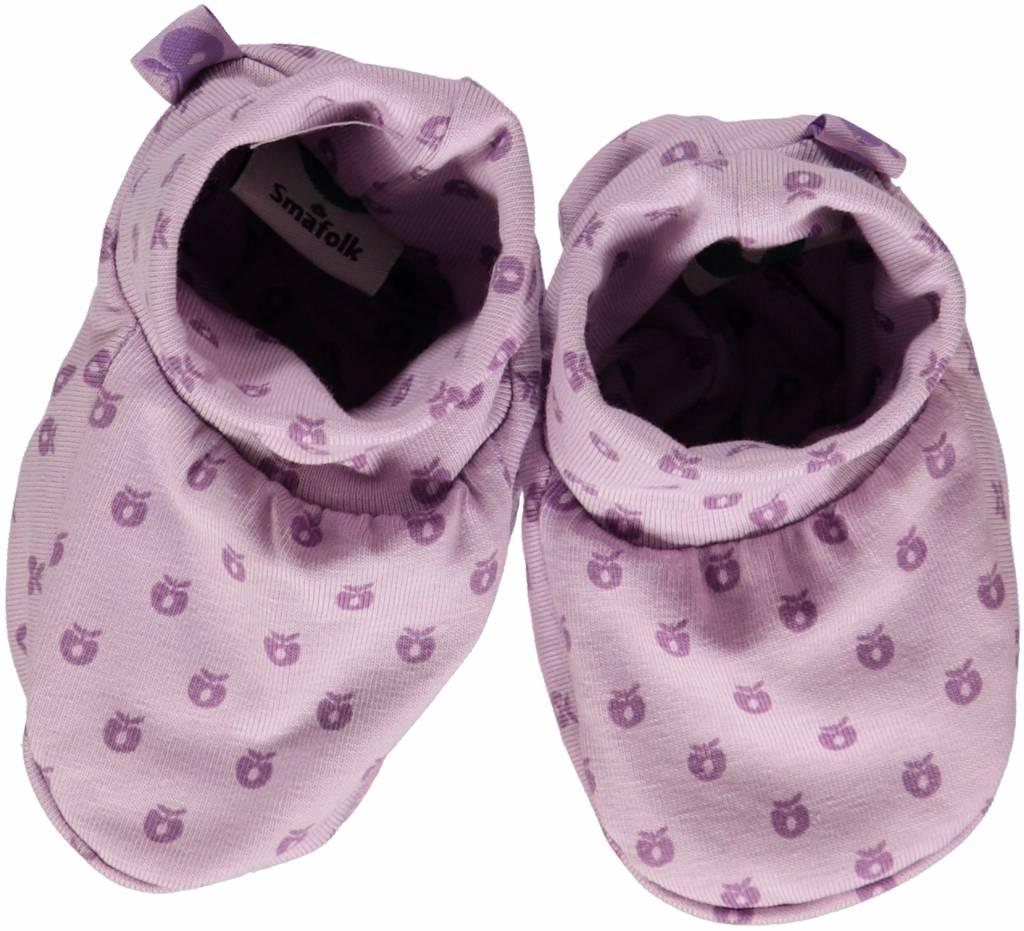 Småfolk - bunte skandinavische Mode lila Babyschuhe von Smafolk