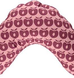 Småfolk - bunte skandinavische Mode pinke Stillkissenhülle mit großen beerefarbenen Äpfel von Smafolk