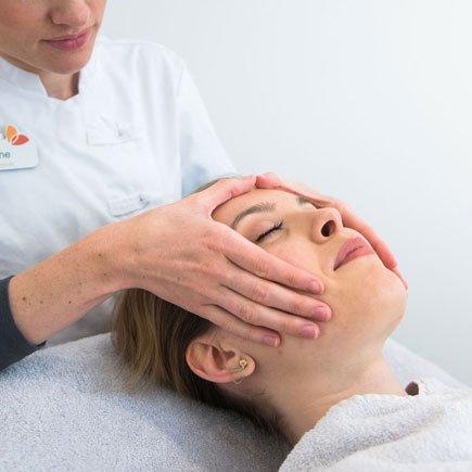 Dermacosmetische gezichtsbehandelingen