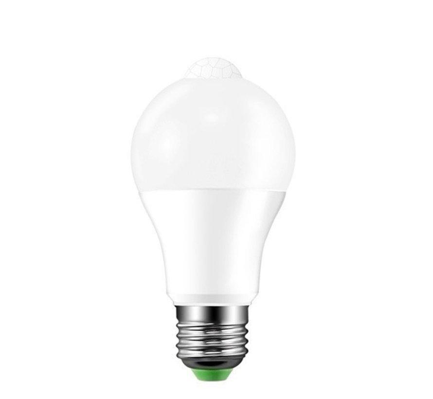 LED pære med bevægelsessensor - E27-fatning - 12W erstatter 100W - Lysfarve valgfri