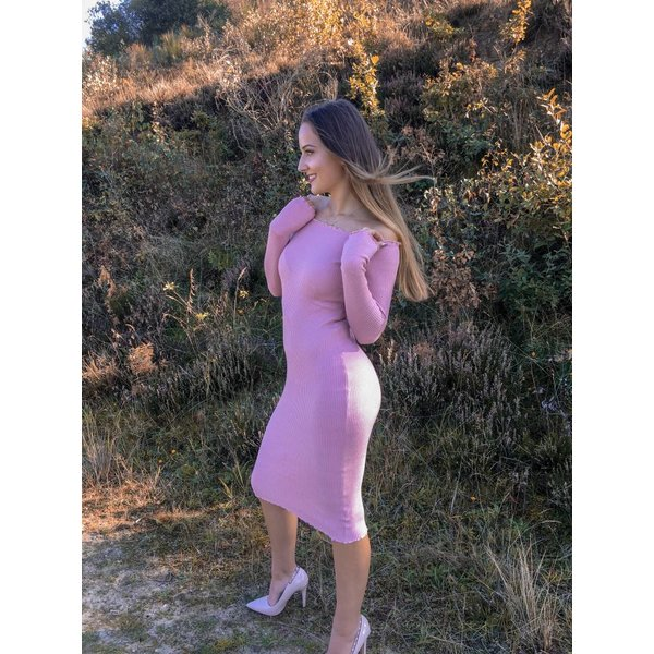 Off- shoulder Dress Pink