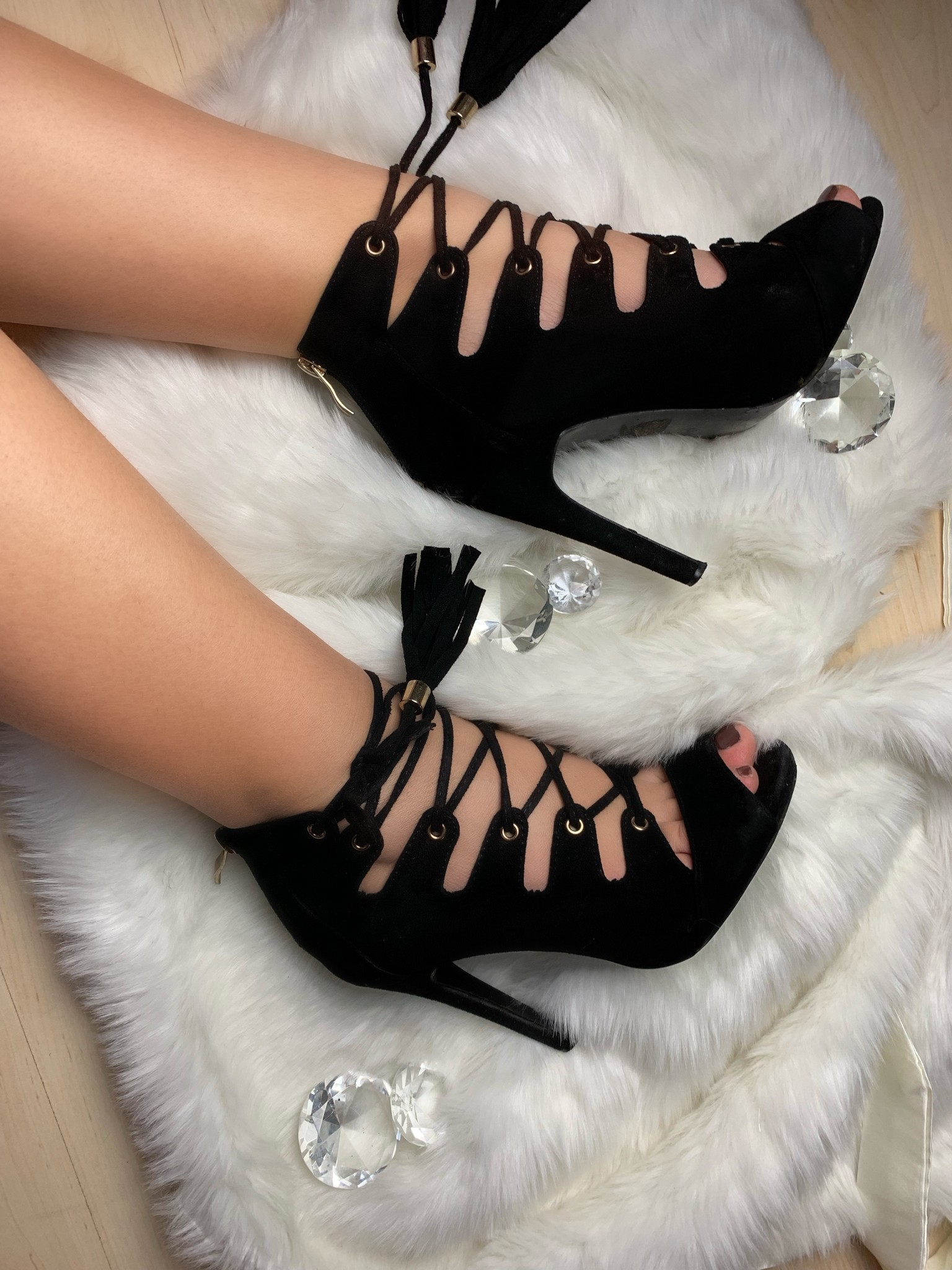 Cut out Heels Black