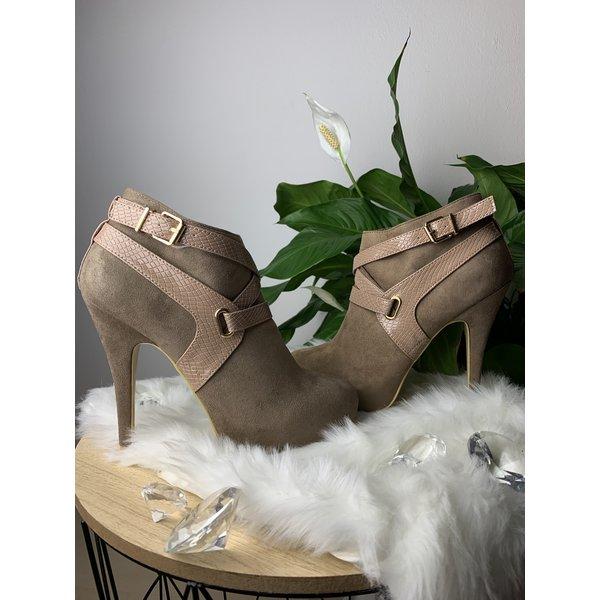 Casual Khaki Heels
