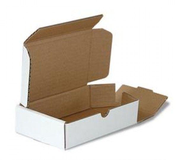 Postdozen / Postpack dozen 210x150x25mm, Kleur : Wit, Gewicht per doosje: 49 gram aantal per pallet: 4800