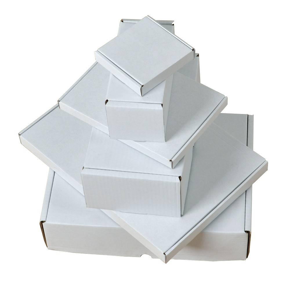 Postdozen / Postpack dozen 300x300x80mm, Kleur : Wit, Gewicht per doosje: 270 gram aantal per pallet: 1200