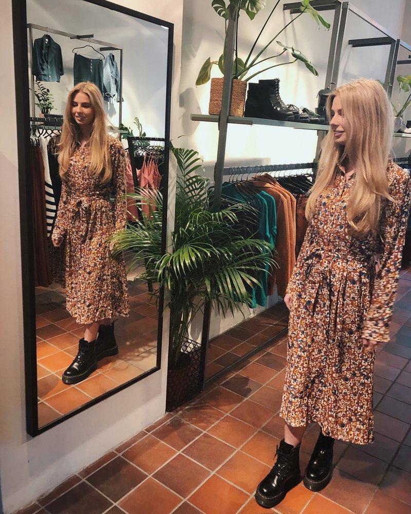 Ydence Elvy Dress