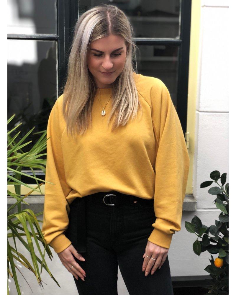 24 Colours Sweatshirt
