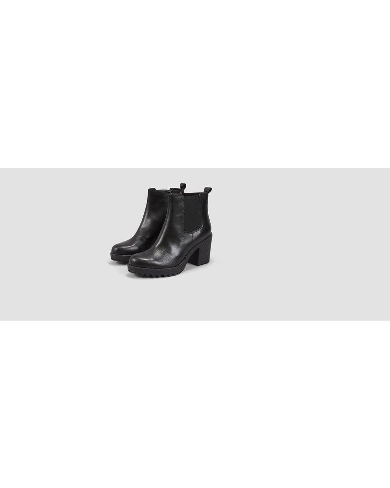 Grace Boots