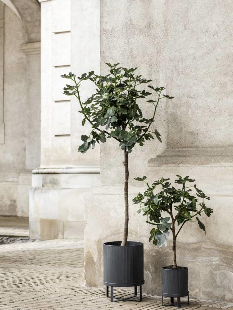 ferm LIVING ferm LIVING Bau Plant Pot - Dark Blue - Large