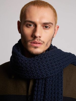 HYMN London Hymn 'CABLE' Navy Waffle Scarf