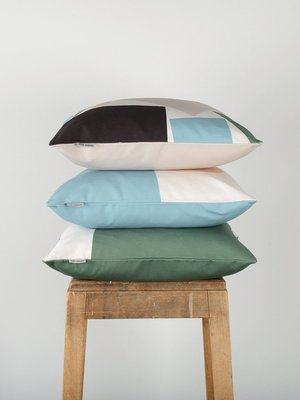 Tom Pigeon Tom Pigeon Cushion 001 - Light Grey
