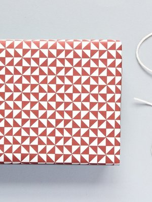 Ola Ola Patterned Papers: Kaffe Print, Mulberry Red