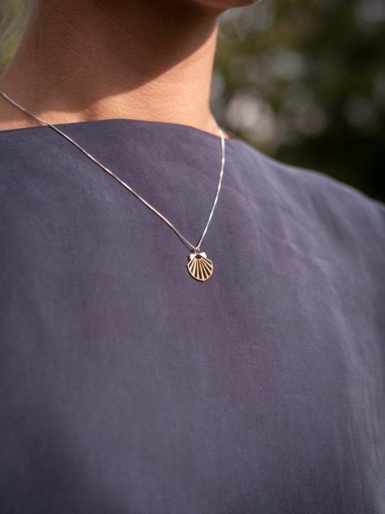 Lima Lima Lima Lima Shell Necklace