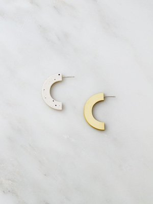 Wolf & Moon Wolf & Moon Arc Studs - Eggshell/Chartreuse
