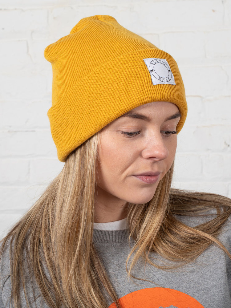 Plain Bear Plain Bear Label Beanie in mustard