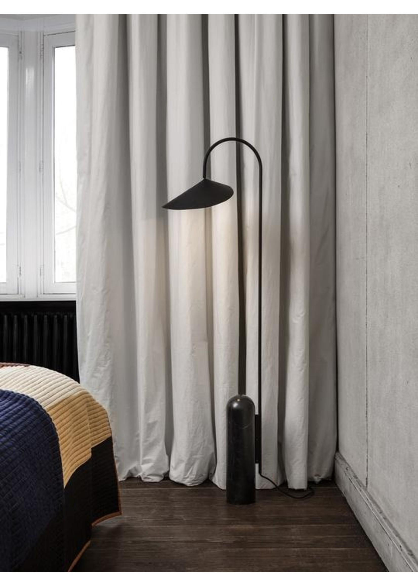 ferm LIVING ferm LIVING Arum Floor Lamp - Black