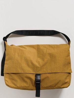 Baggu Travel Sport Messenger Bag - Camel