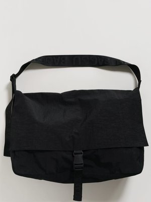 Baggu Travel Sport Messenger Bag - Black