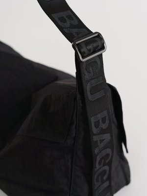 Baggu Baggu Sport Messenger Bag - Black