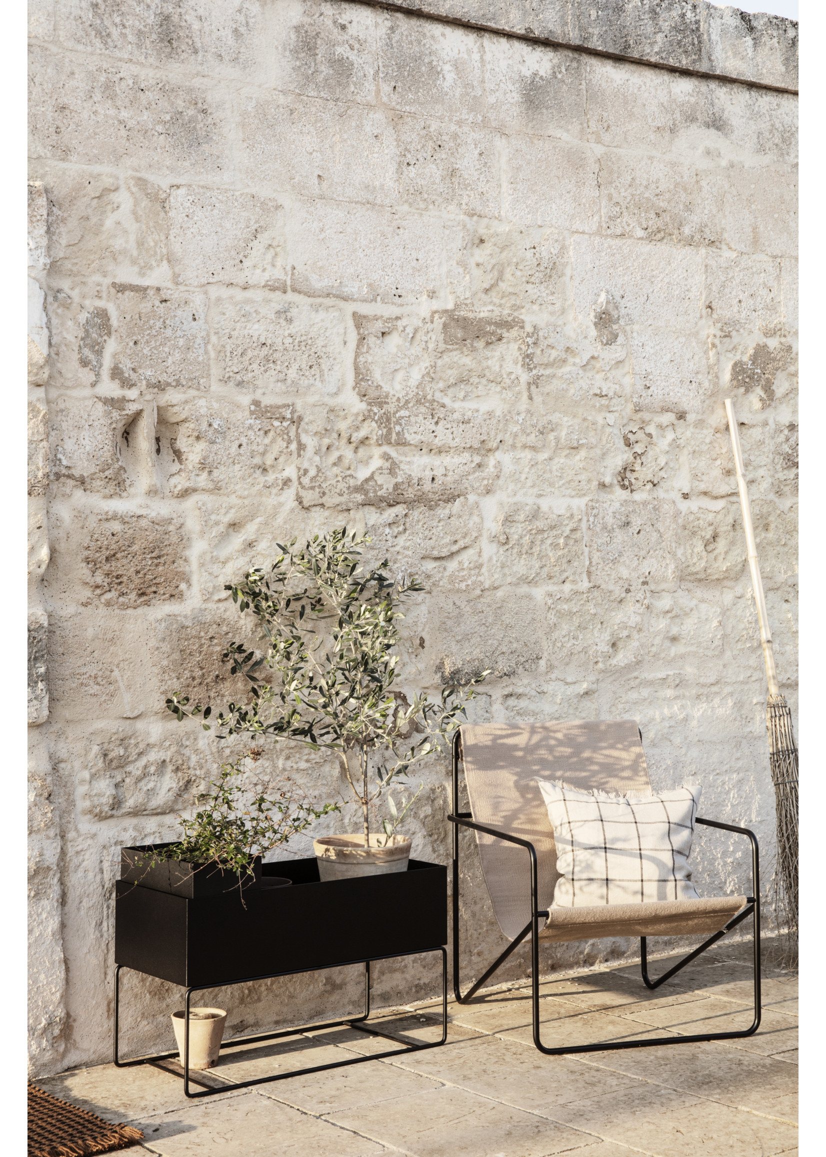 ferm LIVING ferm LIVING Plant Box Pot - Large - Black