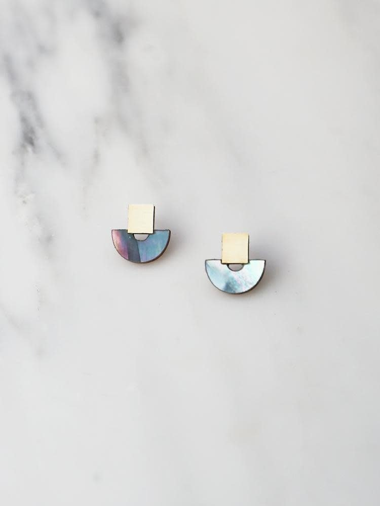 Wolf & Moon Wolf & Moon Mini Marina Studs in Blue Mother of Pearl