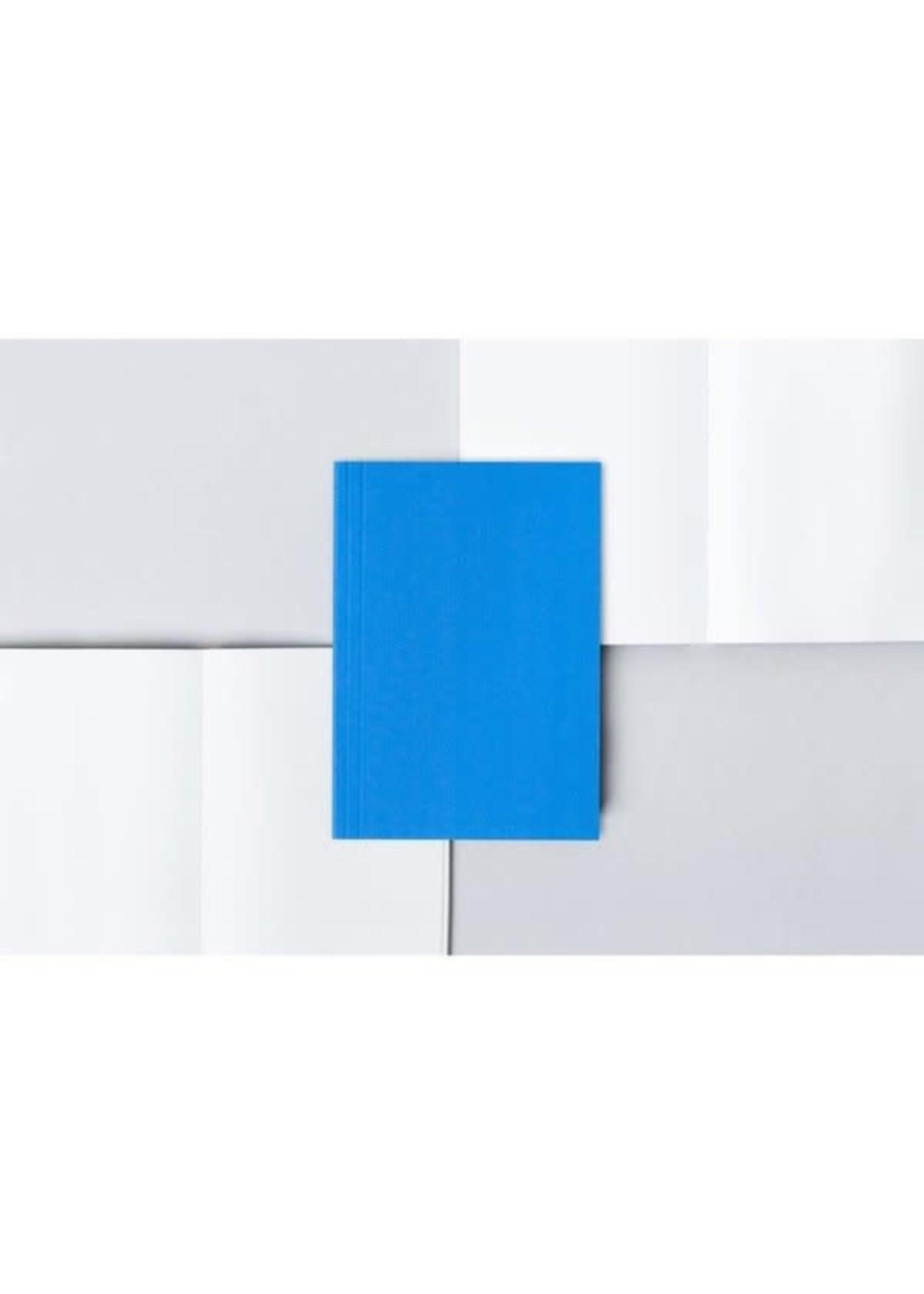 Ola Ola Pocket Layflat Notebook: Everyday Objects Edition 2: Circle Blue/Plain Pages