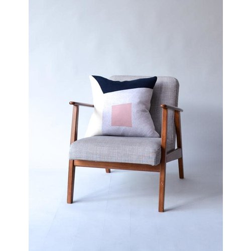 Sophie Home Gard Navy/Pink  Knitted Cushion