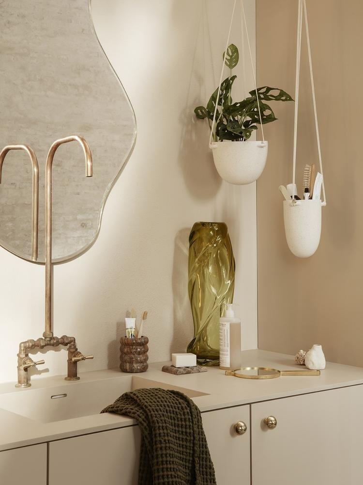 ferm LIVING ferm LIVING Speckle Hanging Pot - Large - Off-White