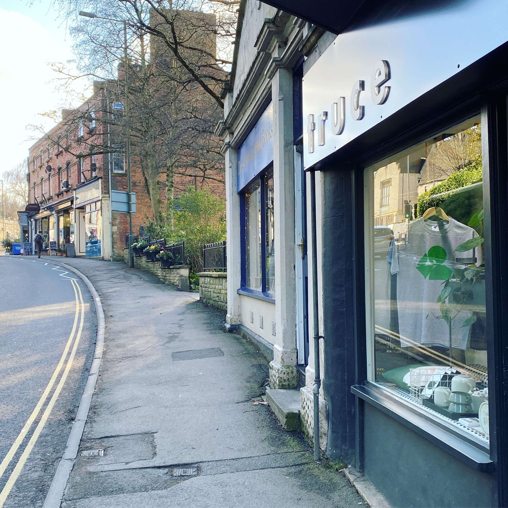 Nailsworth Independents shopping Directory