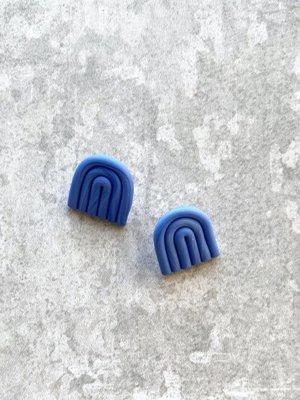 Fison Zair Studio Mini Arc Stud Earrings (3 colours available)