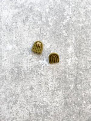 Fison Zair Studio Fison Zair Studio Mini Arc Stud Earrings
