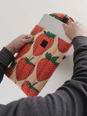 "Baggu Baggu Puffy Laptop Sleeve 13"" - Strawberry"