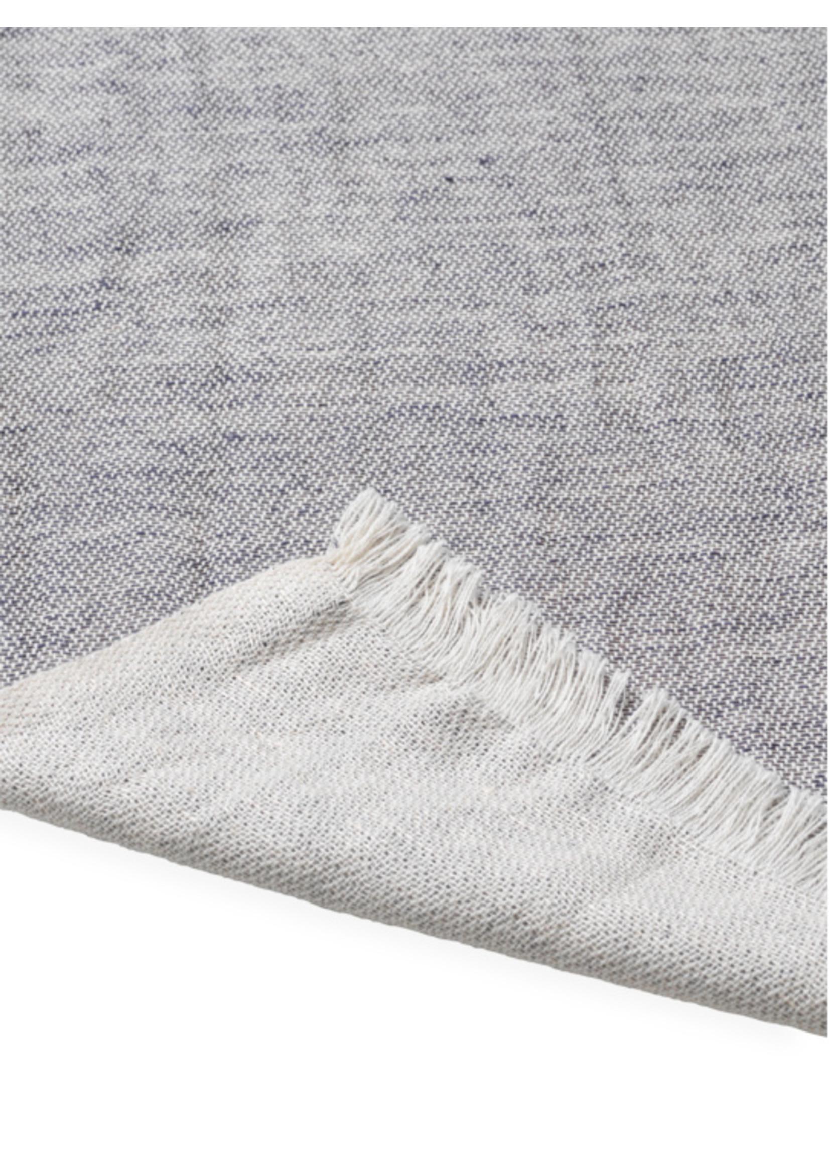 ferm LIVING Ferm Living Blend Tablecloth 140x240 - Blue
