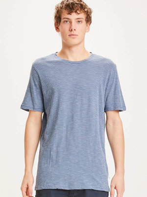 KnowledgeCotton KnowledgeCotton Alder Narrow Striped T-shirt - SS21