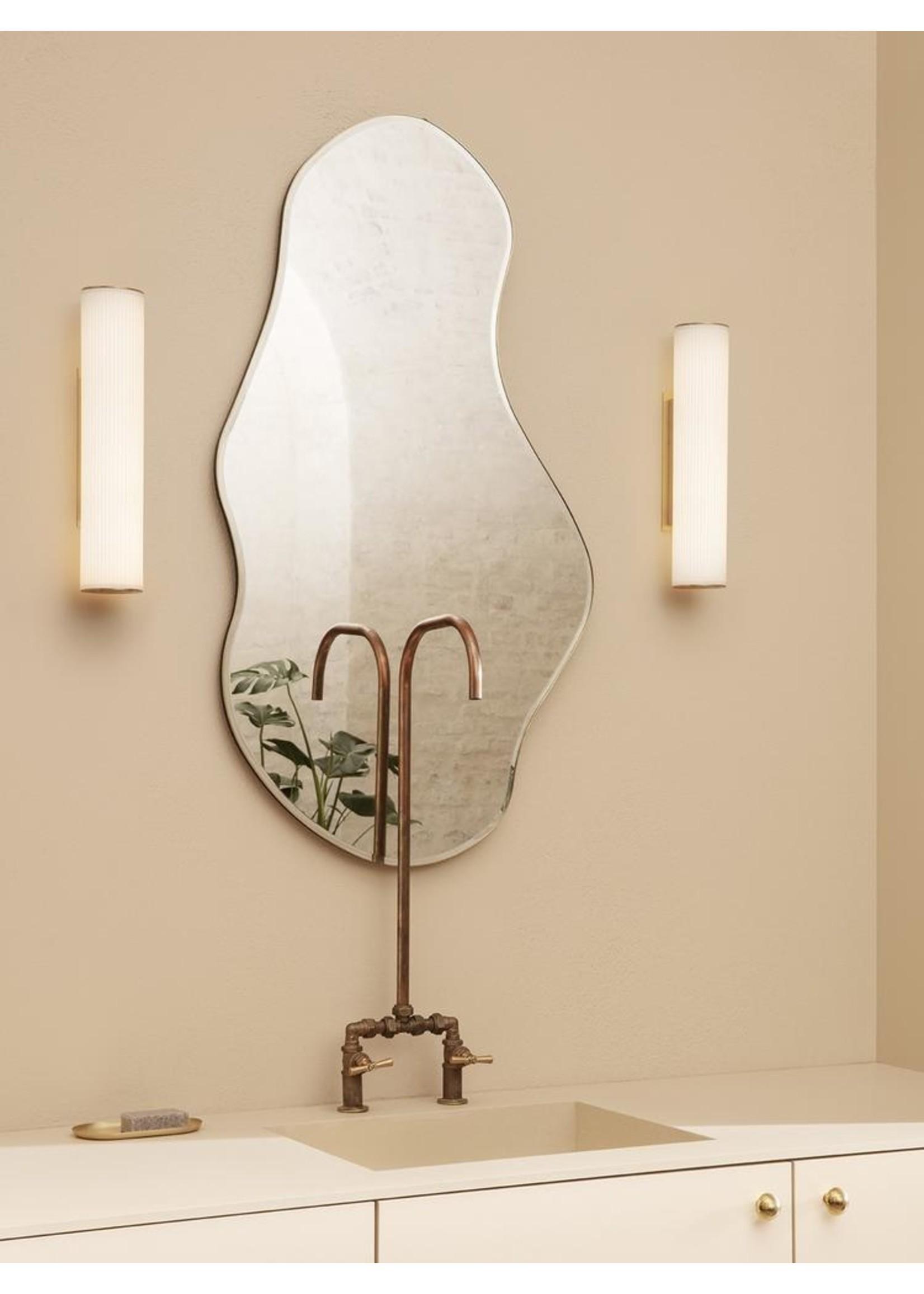 ferm LIVING ferm LIVING Vuelta Wall Lamp 40-White/Brass